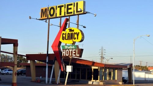 Clinton agency approves plan to renovate Glancy Motel, Pops Hicks properties