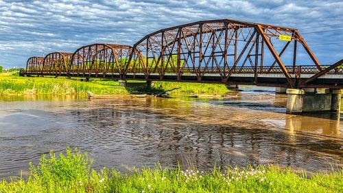 Lake Overholser Bridge in OKC closed to traffic after problem found