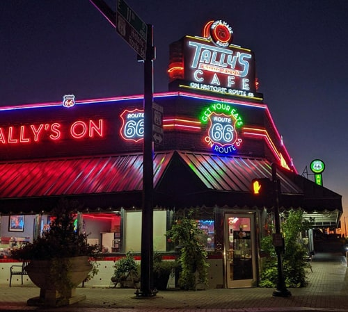 New neon goes up at Tally's Good Food Cafe in Tulsa
