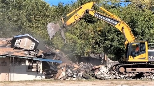 Troubled Brookshire Motel in Tulsa is torn down