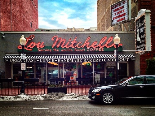 Lou Mitchell's, other restaurants in Illinois close indefinitely because of COVID-19