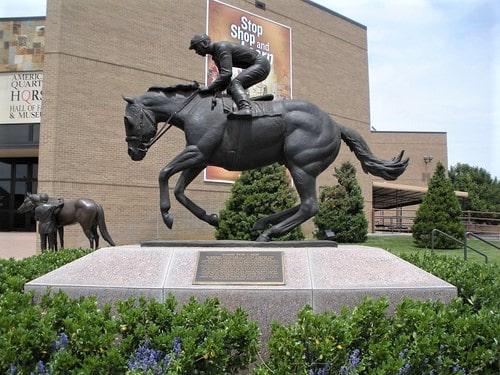 Agreement keeps American Quarter Horse Association headquarters in Amarillo
