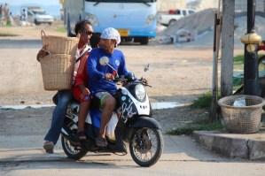 Traffic at Ban Phe