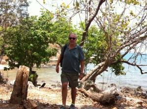Walking between the Ko Samet beaches