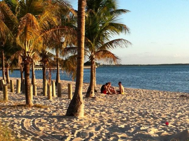 Hobie Island Beach Park