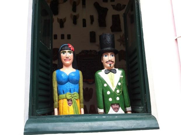 Olinda Carnival puppet couple