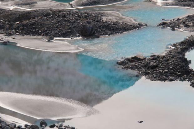 Short Walks in Mount Cook National Park Mueller Lake