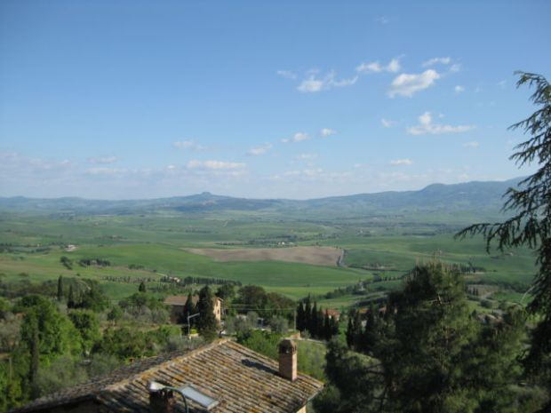 Agriturismo holiday in Tuscany Pienza view