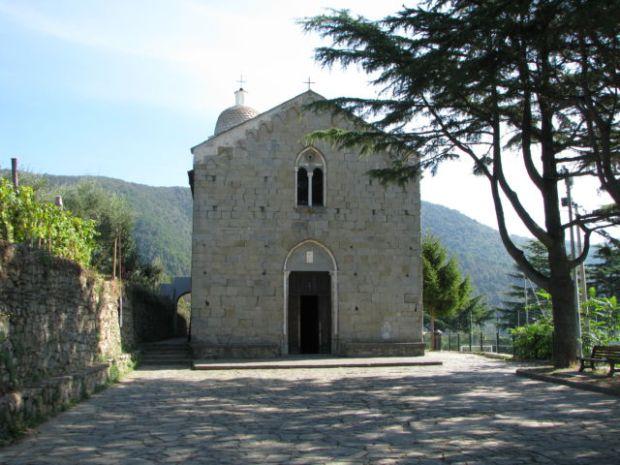 A Cinque Terre chapel