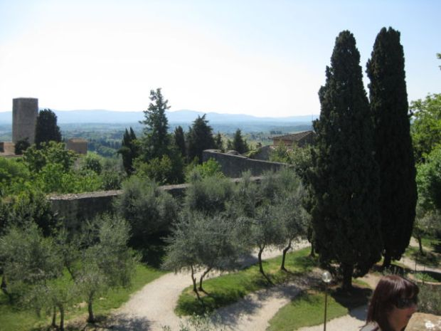 Toscana Scenic Drive, San Gimignano hill view