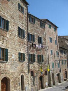 Tuscany scenic drive Pienza houses