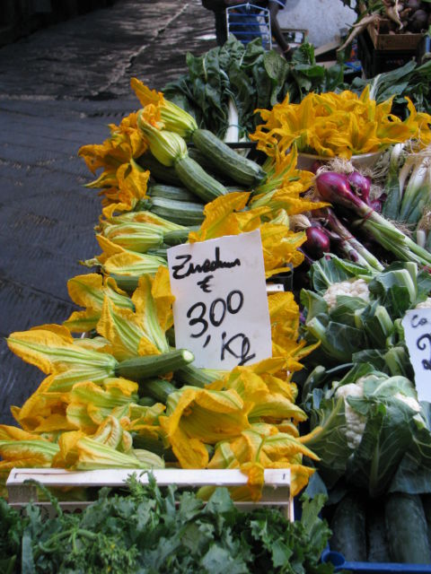 Tuscany Scenic Drive, zucchini flowers