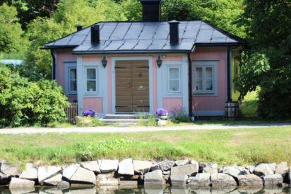 Djurgården pink house