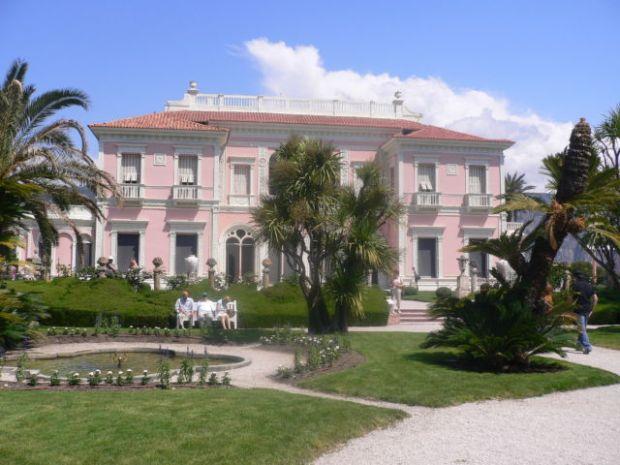 Walk around Cap-Ferrat, Villa Rothschild