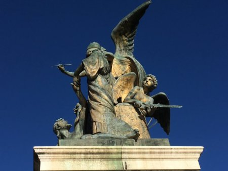 Victor Emmanuel Monument statue