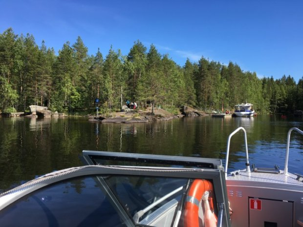 Lapinsalo by boat, Konnevesi