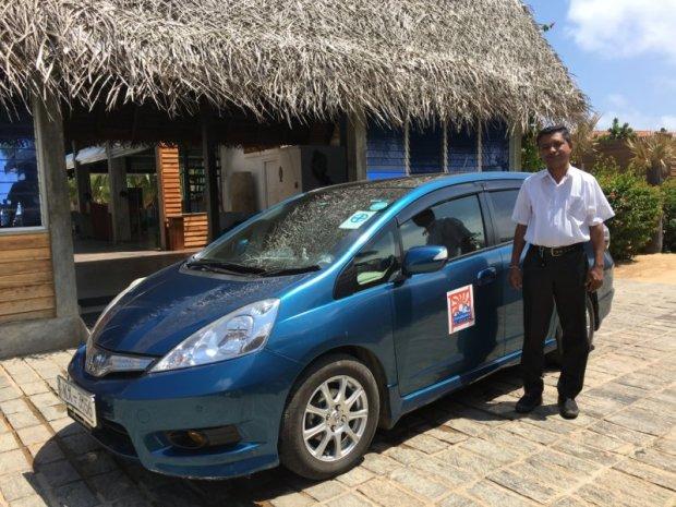 Connaissance de Ceylan car and driver