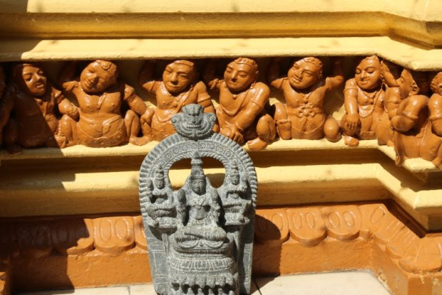 Gangaramaya Temple wall, Colombo