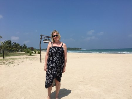 On Maalu Maalu Resort beach
