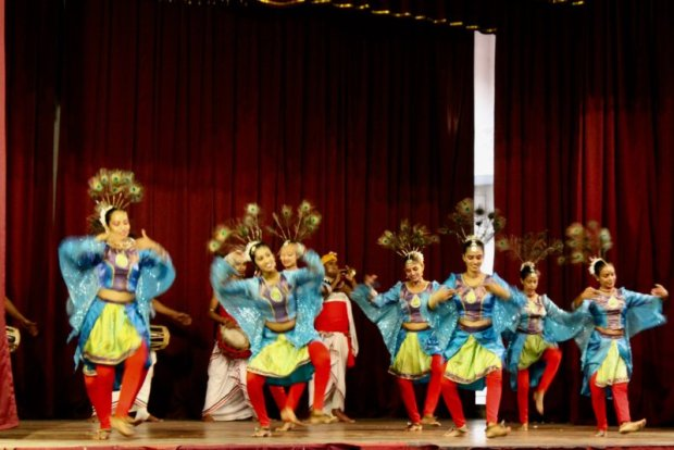 Kandyan dance: peacock dance