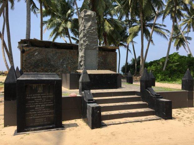 Sri Lanka's South, train clash monument