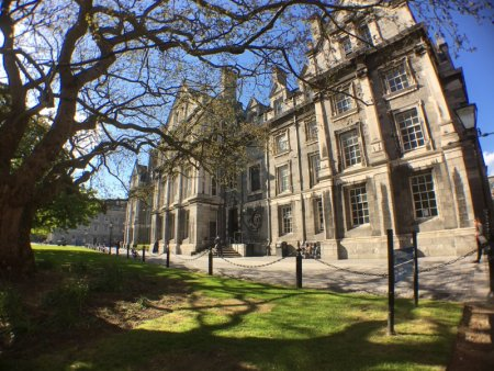 Self-guided Dublin walking tour,Trinity College