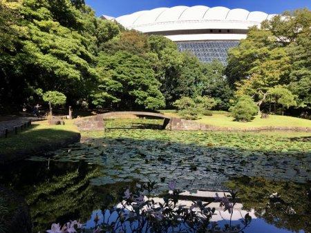 Koishikawa Korakuen Garden and Tokyo dome