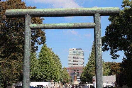 Yasukuni shrine gate Tokyo