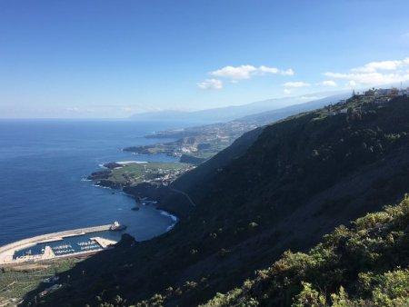 Atlantic Ocean and Tenerife Norte, driving in Tenerife