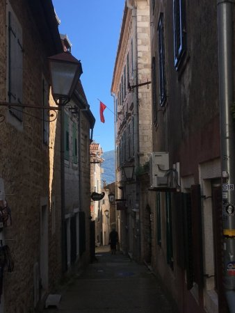 Herzeg Novi old town street