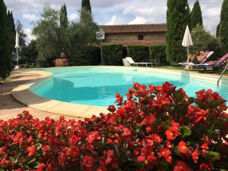 Agriturismo La Casa Nuova swimming-pool