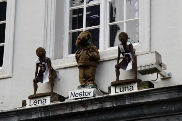 Manneken Pis of Ghent: Lena, Nestor and Luna