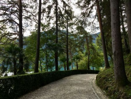 Walk to Villa del Balbianello