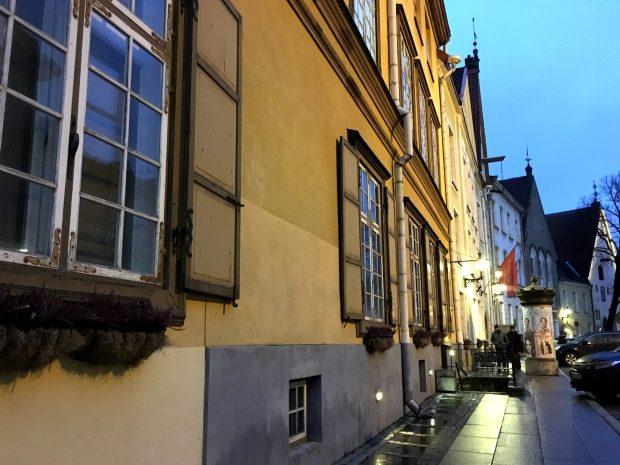 Tallinn Pikk Street at dusk