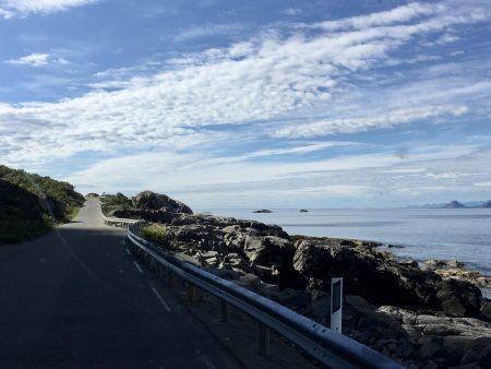 Drive through the Lofoten Islands: road to Henningsvær