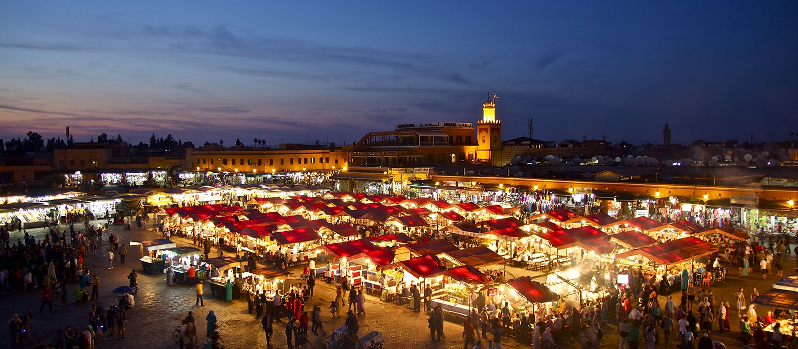 Photo de la Place Jemaa el-Fna, Marrakech, Maroc - Les Routes du Monde