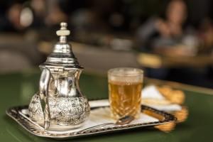 Thé marocain traditionnel à Casablanca au Maroc - Les Routes du Monde