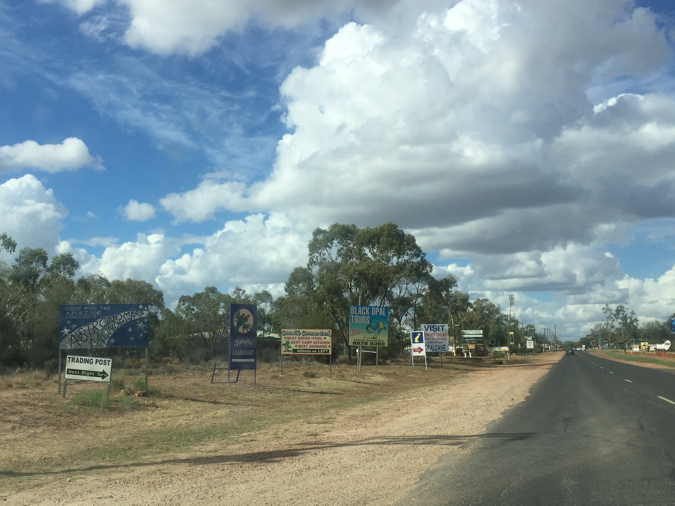 March 23-25: Lightning Ridge, by Mick – routinedetour.com