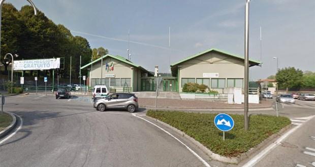 L'esterno della sala civica di Rovato, foto da Google Maps