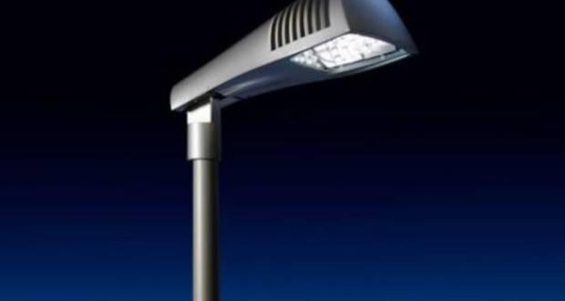 Plafoniere Neon Industriali Prezzi : Rovato via ai lavori per la nuova illuminazione a led bergomi pd