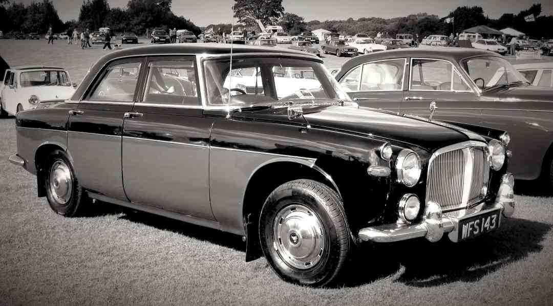 Rover P5 and P5B Development: Rover P5 (3 Litre)