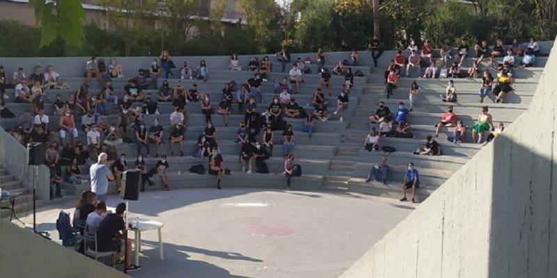 Απόφαση 180 σχολείων της Αθήνας «Νίκη να ξέρεις την Παρασκευή είμαστε χιλιάδες κι ερχόμαστε από κει!»
