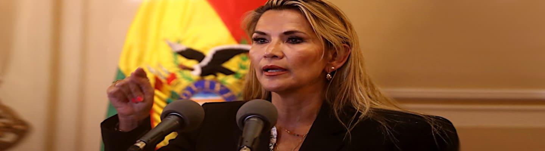 Βολιβία: Άρον-άρον αποσύρεται από την εκλογική κούρσα η «πρόεδρος» των πραξικοπηματιών