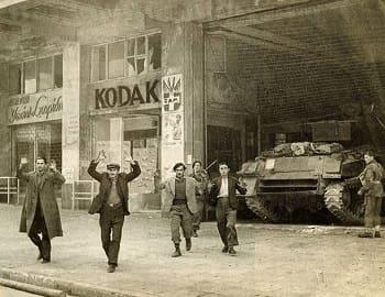 Δεκέμβρης '44 - Επειδή χάσαμε εμείς κι επειδή νικήσανε αυτοί