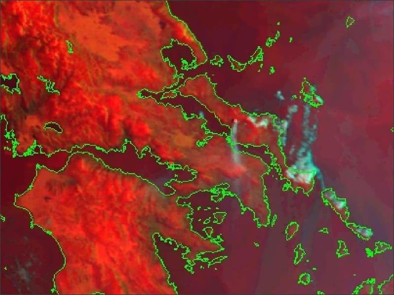 Η φωτιά στην Εύβοια από δορυφόρο! – Πνίγηκε στον καπνό η Αττική
