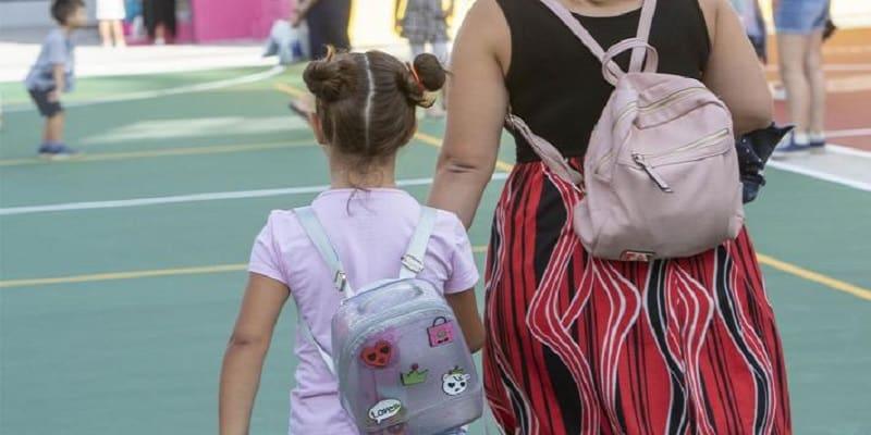 ΚΚΕ: Ερωτηματικά για τους όρους λειτουργίας των σχολείων