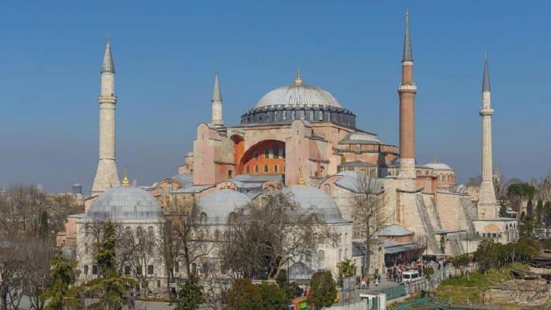 ΚΚ Τουρκίας: «Η Αγία Σοφία πρέπει να παραμείνει μουσείο»