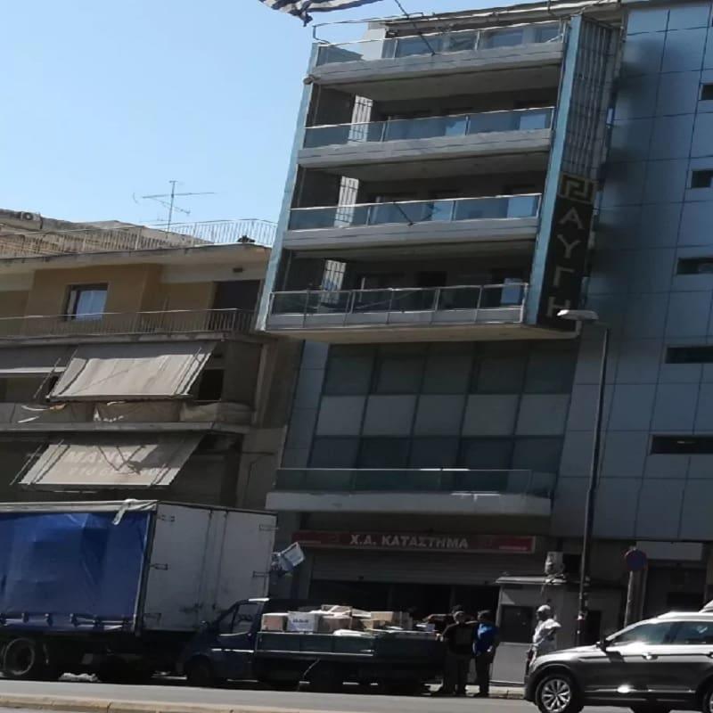 Ξεβρωμίζει ο τόπος: Άδειασαν τα κεντρικά γραφεία της ΧΑ