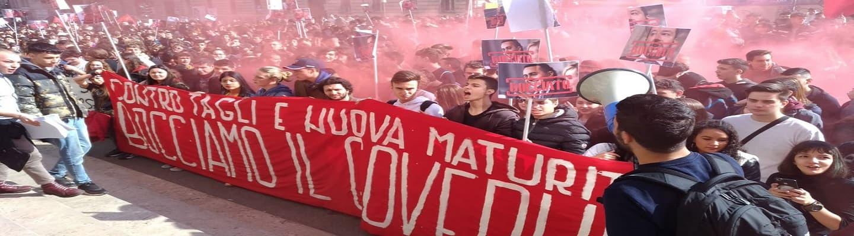 Πάνω από 100.000 μαθητές διαδήλωσαν κατά του Σαλβίνι
