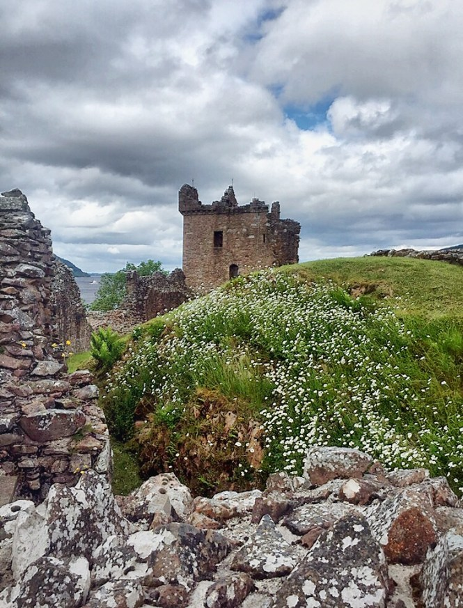 Magical castles you should visit on your scotland holiday when you think about scotland you undoubtedly think about the beautiful highland scenery loch monsters men in kilts and the romantic and magical castles sciox Images